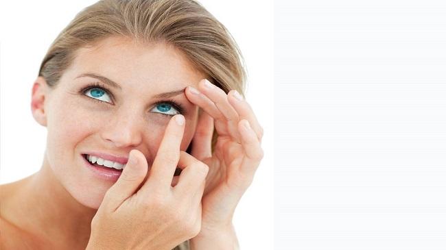 اهمیت-بهداشت-لنزهای-تماسی