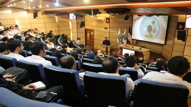 برگزاری-کنفرانس-هفتگی-گروه-چشم-پزشکی-دانشگاه-علوم-پزشکی-تهران