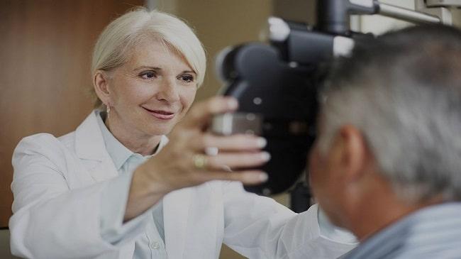 تصور پزشکان از لنزهای تماسی