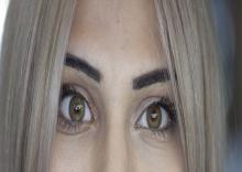لنزهای-تماسی-رنگی-پروتز-و-نرم