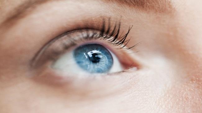 ۵-علامت-زمان-جایگزینی-لنزهای-تماسی