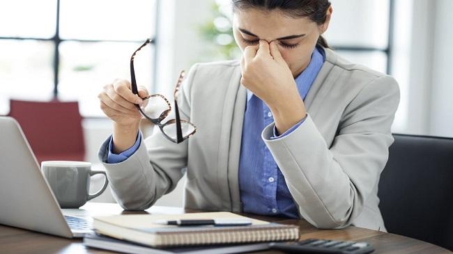 ۷ بیماری چشم را نادیده نگیرید