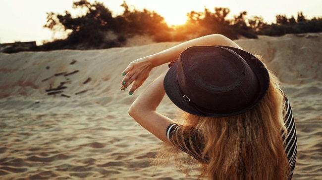 5-نکته-استفاده-لنزهای-تماسی-در-تابستان
