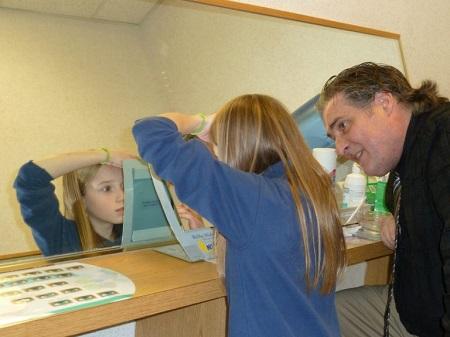 خرید لنز برای دانش آموز و استفاده در مدرسه
