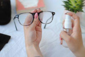 تمیز کردن عینک