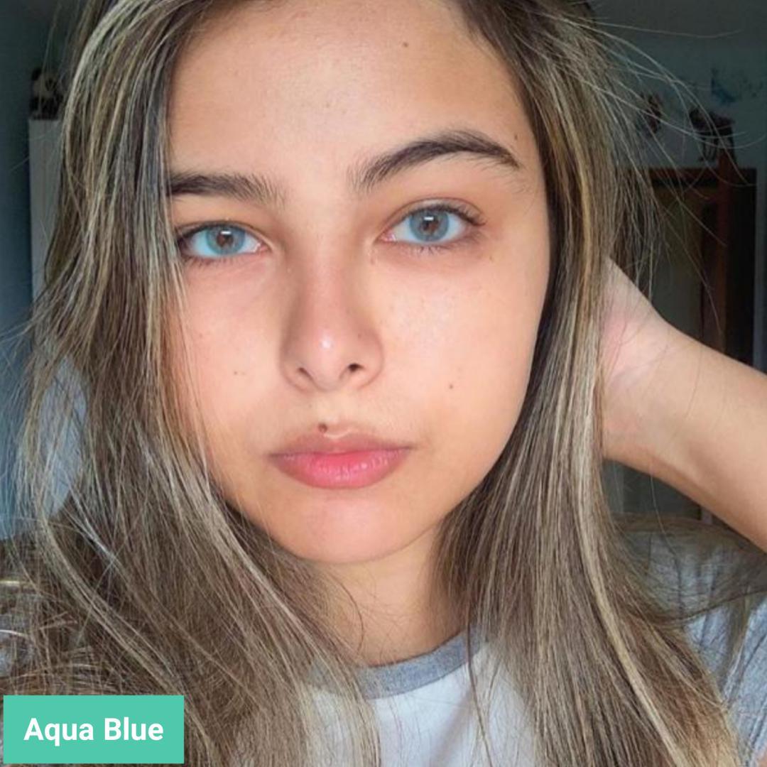 فروش لنزAqua Blue (آبی آسمانی روشن)  برند فرشتن بهمراه قیمت امروز لنز رنگی  و قیمت امروز لنز طبی