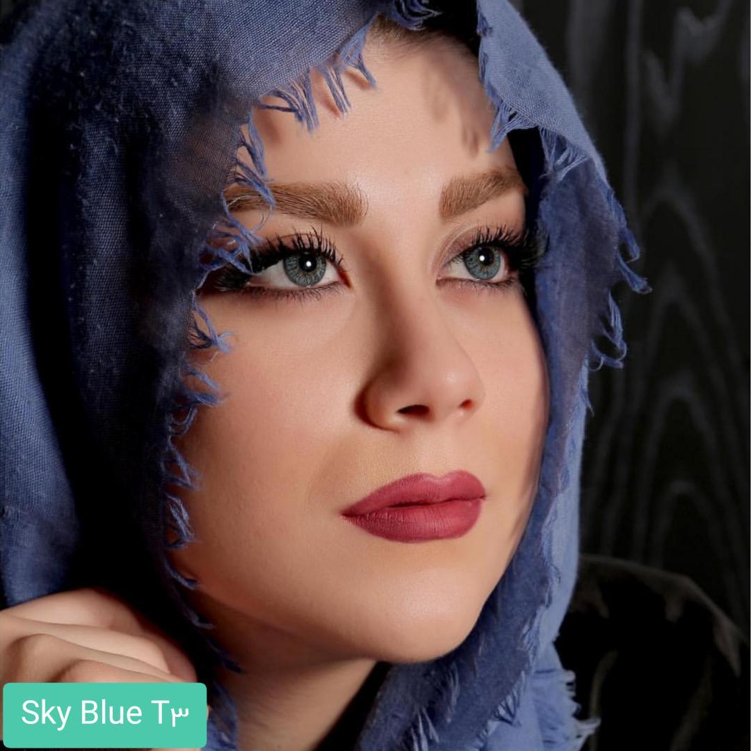 فروش لنز Sky Blue T3(آبی عسلی) برند الگانس بهمراه قیمت امروز لنز رنگی و قیمت امروز لنز طبی