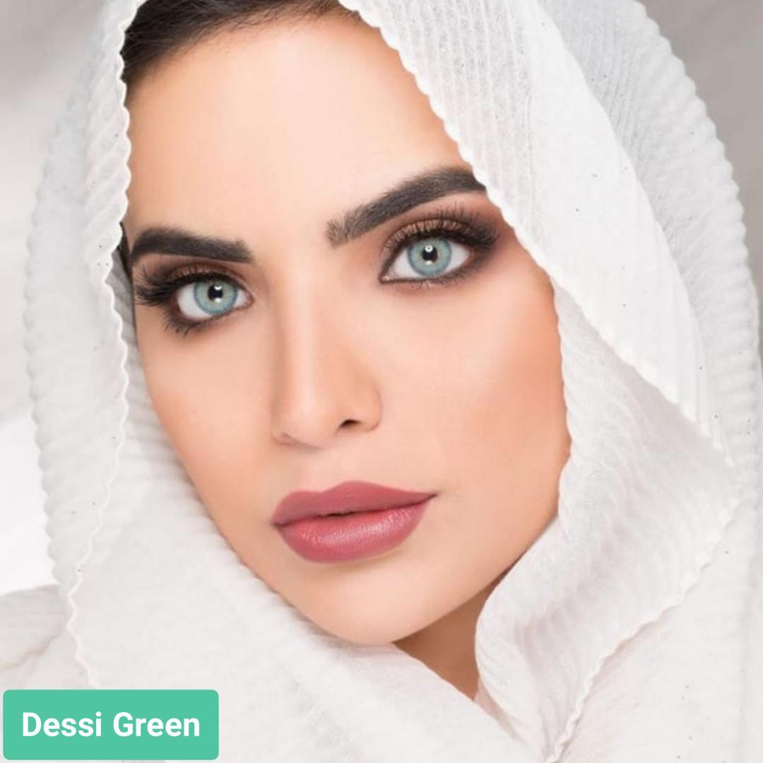 فروش لنز Dessi Green (سبز آبی دوردار)  برند ویکتوریا بهمراه قیمت امروز لنز رنگی  و قیمت امروز لنز طبی