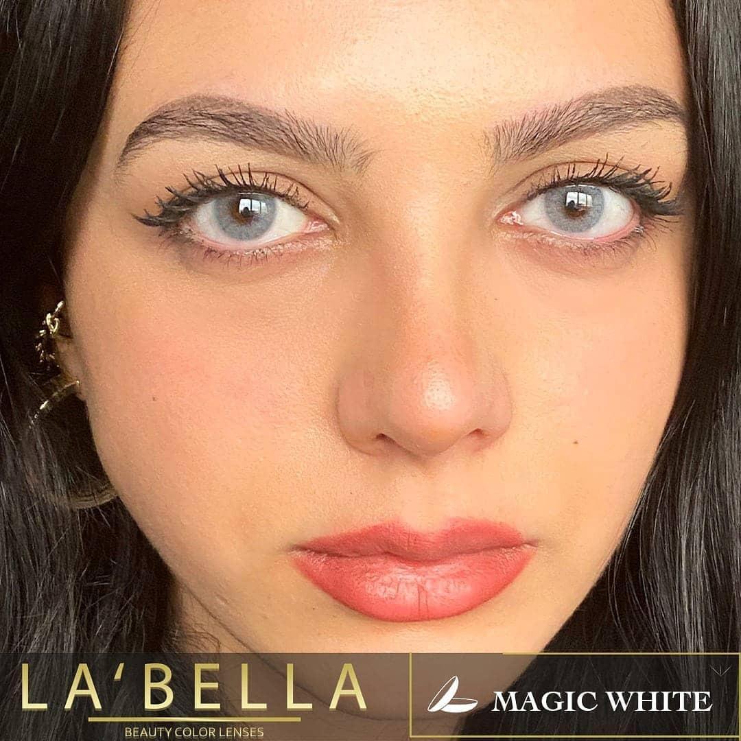 فروش لنزMagic White (طوسی آبی بدون دور)  برند لابلا  بهمراه قیمت امروز لنز رنگی  و قیمت امروز لنز طبی