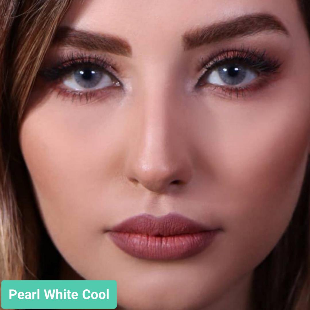 فروش لنز Pearl White Cool (یخی ته مایه آبی بدون دور) برند جمستون لاکچری  بهمراه قیمت امروز لنز رنگی و قیمت امروز لنز طبی